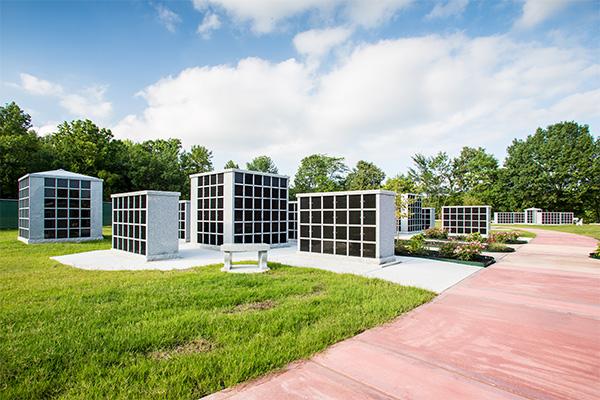 Serenity Columbarium And Memorial Garden. 1 / 5